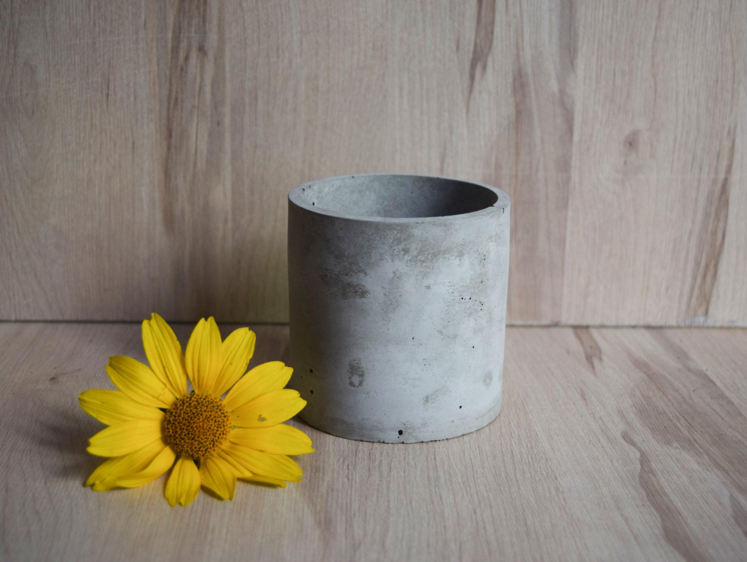 Osłonka betonowa jasnoszara okrągła