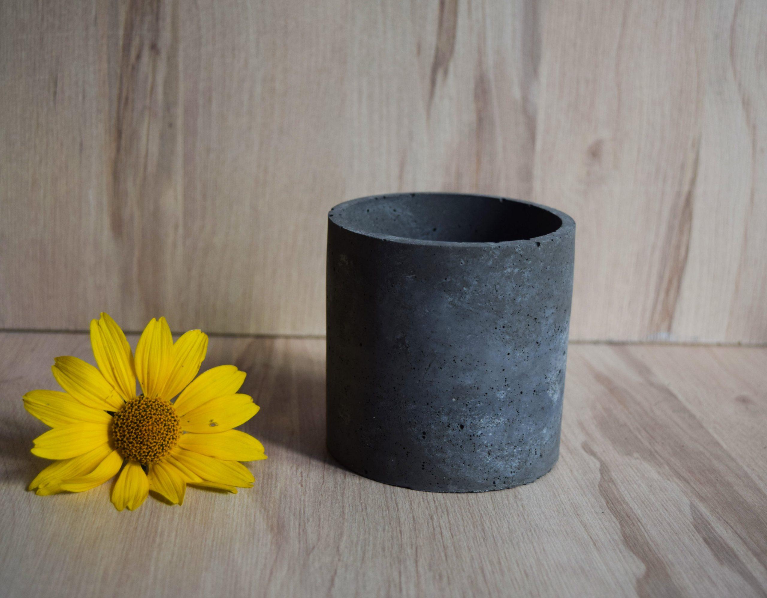 Osłonka betonowa ciemnoszara okrągła